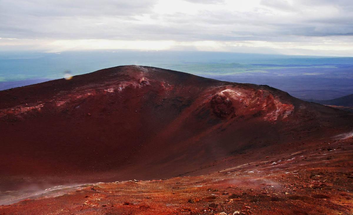 вид на кратер вулкана